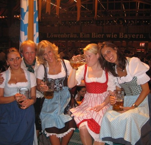 happy beer wenches