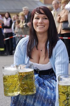 beer wench with big pints